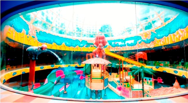 Vinpearl Water Park Royal City